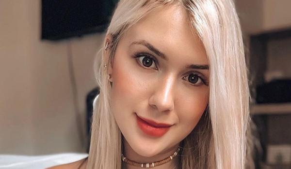 Laura Sagra InstaFitBIo