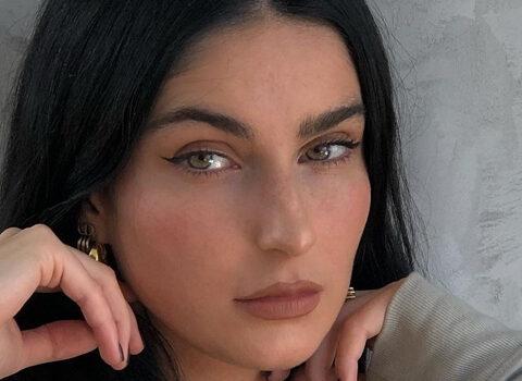 Fiona Zanetti InstaFitBio