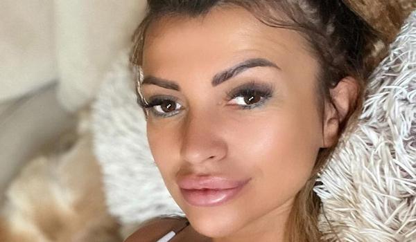 Bojana Stojkovic InstaFitBio